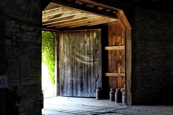 doorway_resize