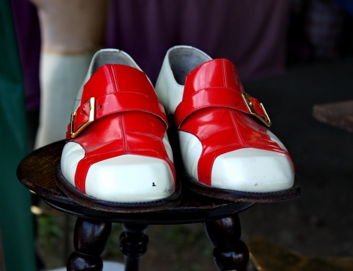 red shoes_resize
