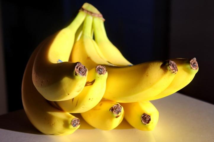 Bananas in the light_resize